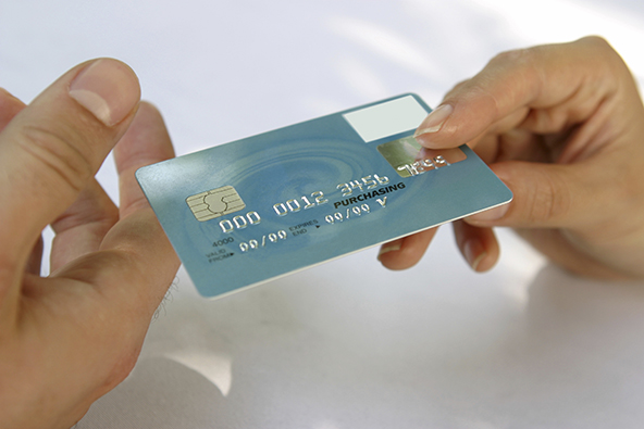 Credit-Card-Issuers-Go-After-Sub-prime-Borrowers-Again